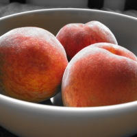 Skillet Peach Cobbler • Recipe
