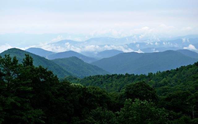 Rainy_Blue_Ridge-27527
