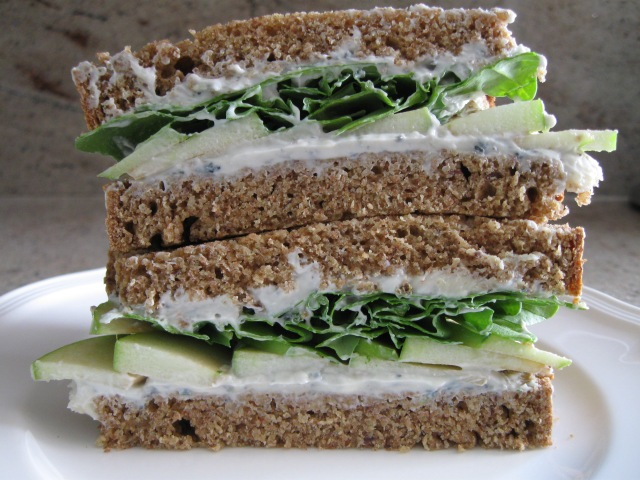 Grilled Apple and Gorgonzola Sandwich on Spelt Bread. Photo by Sharon Ona.