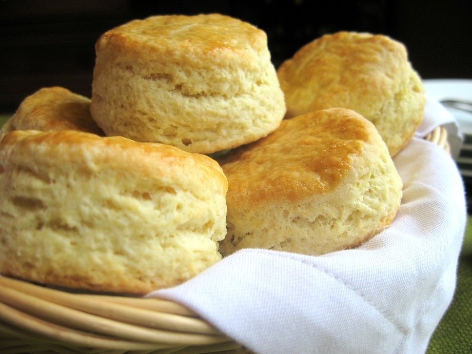 101: Southern Buttermilk Biscuits – A Primer