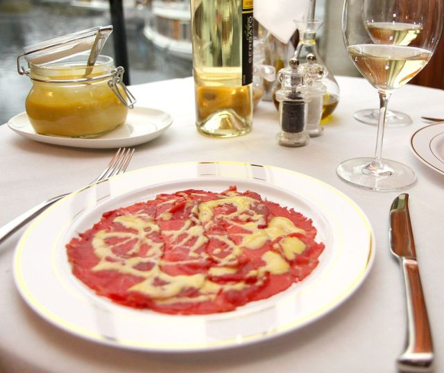 Carpaccio. Photo by franzconde, via Wikimedia Commons.