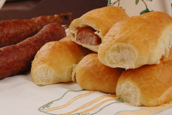Meat is a common kolache filling in Texas. Photo from kountrybakery.com. Some rights reserved