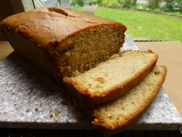 Cardamom Sour Cream Pound Cake sliced