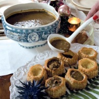 Brown Oyster Stew in  Pastry Shells  (Mamere's Oyster Stew)